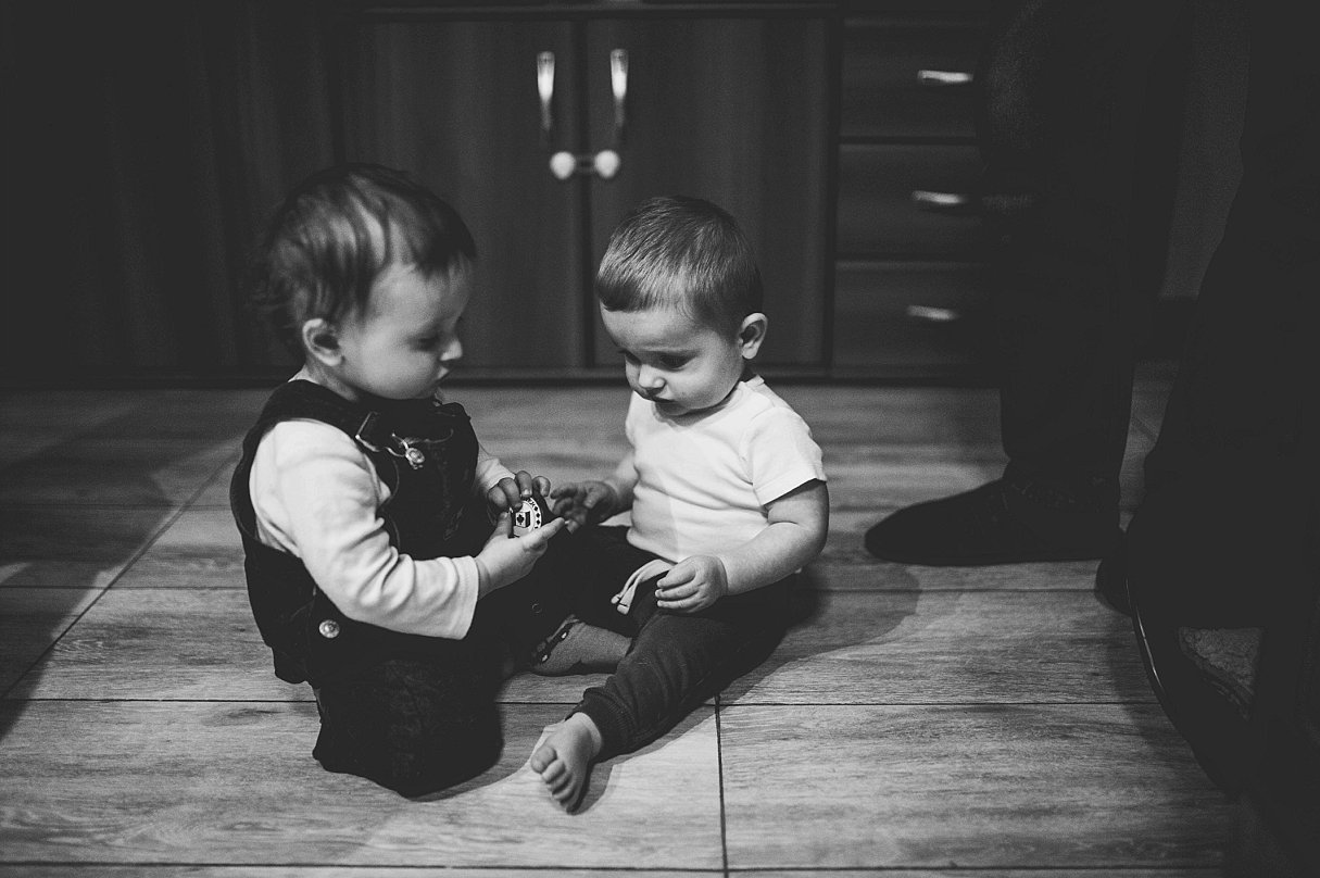 Documentary Family Photography-Your Story Photo- a day in the life of two little friends 11