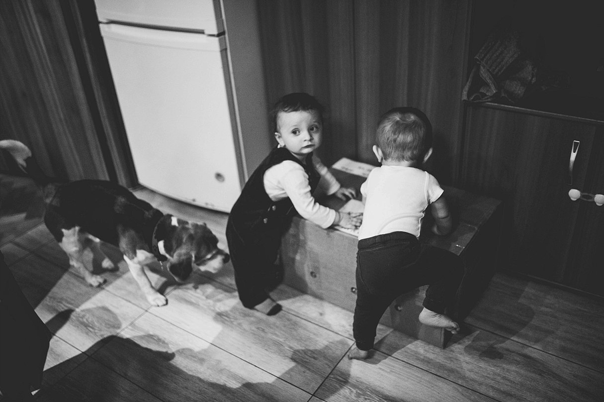 Documentary Family Photography-Your Story Photo- a day in the life of two little friends 13