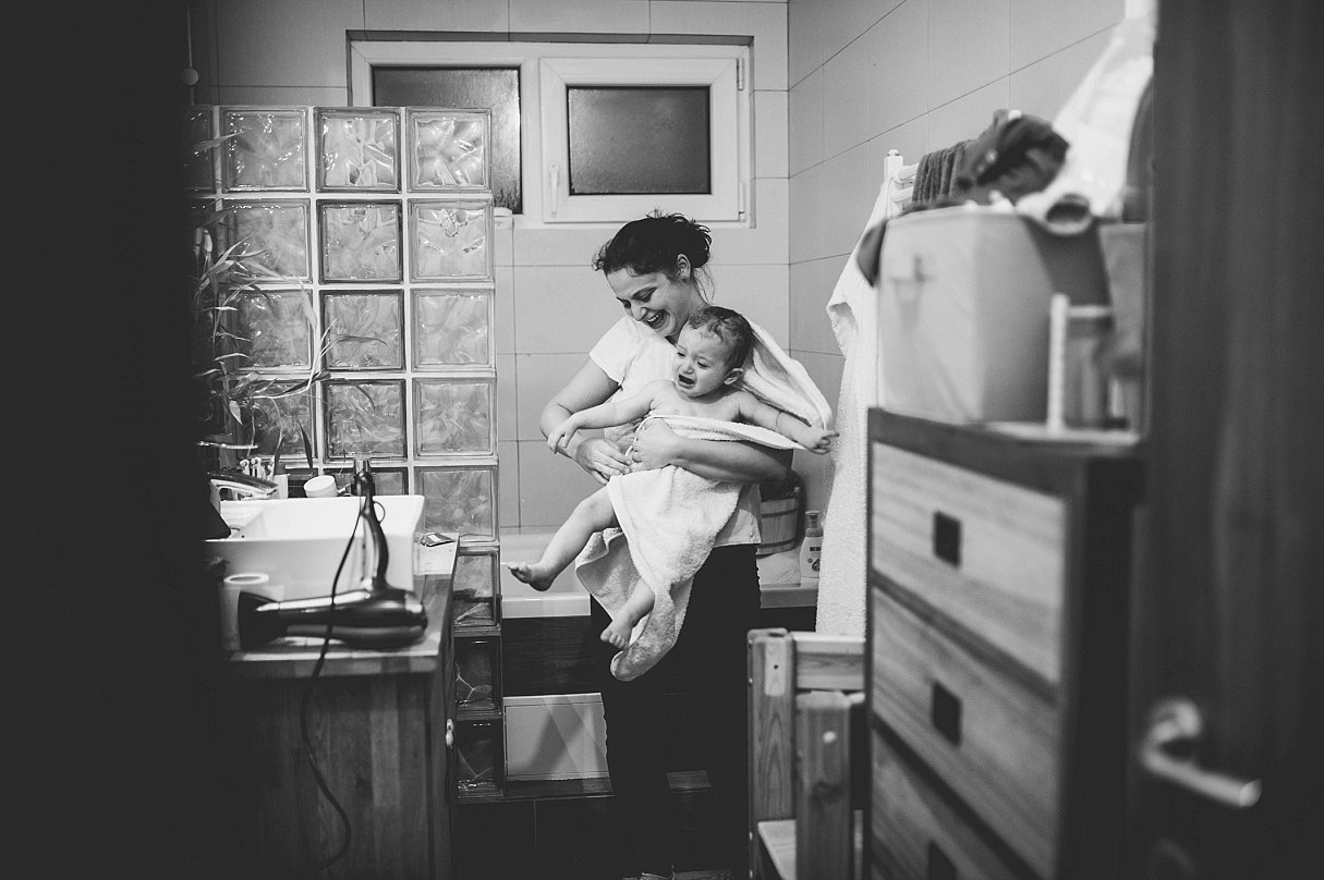 Documentary Family Photography-Your Story Photo- a day in the life of two little friends 32